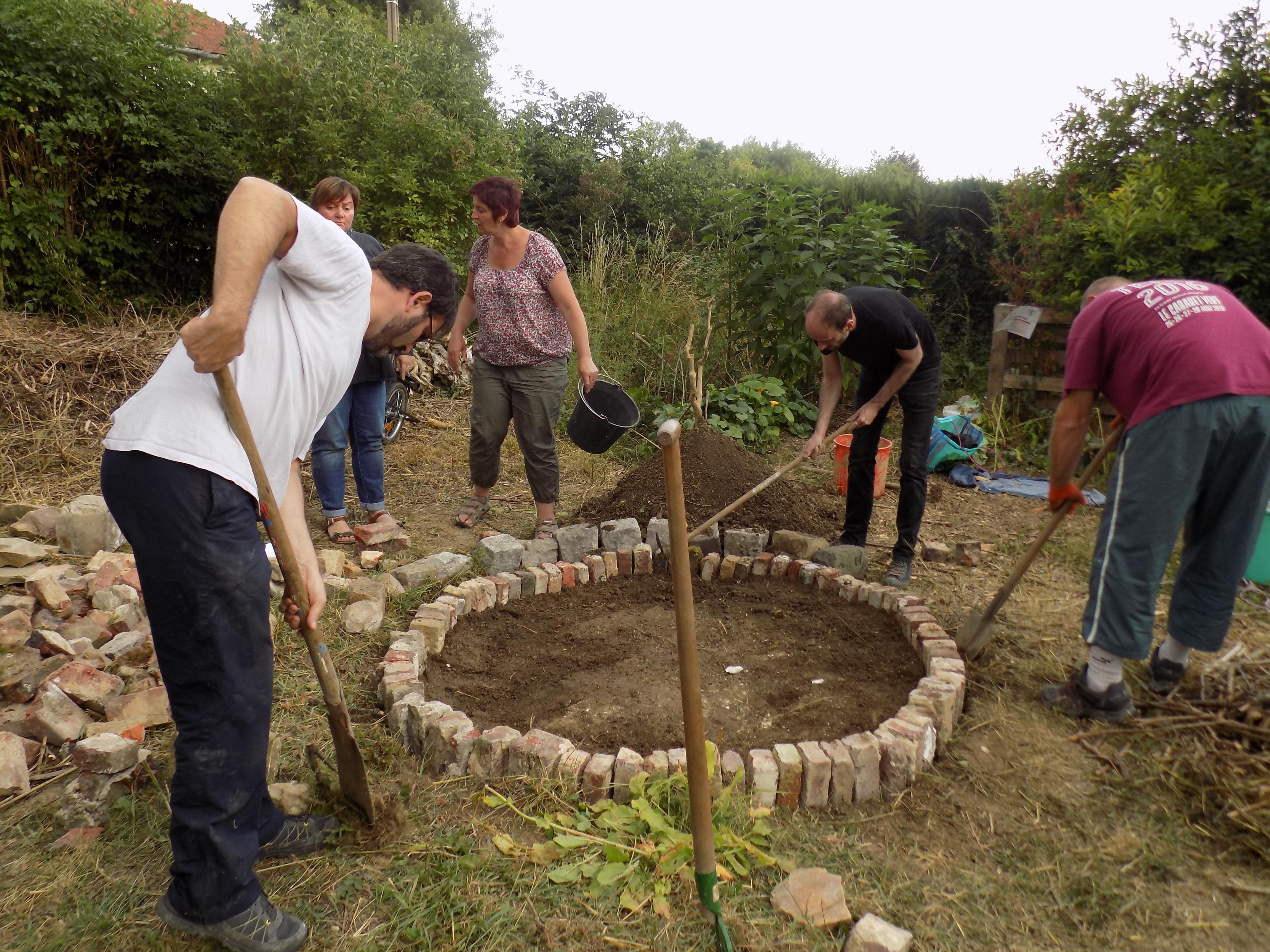 fabrication de mortier terre-eau-paille